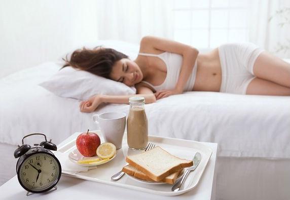 Ngủ dậy muộn khiến bạn dễ mắc bệnh hơn